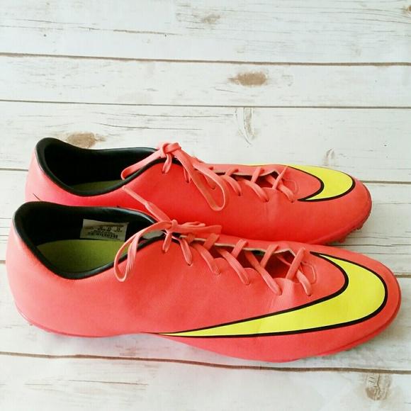 Nike Other - Nike Men's Mercurial Victory V CR7 Soccer